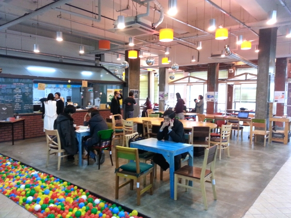 Coworking_Space_Youthhub_01